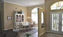 Entry way/dinning room