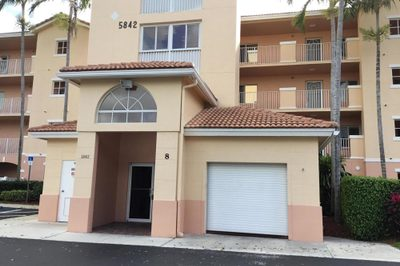 5842 W Crystal Shores Drive #304 1