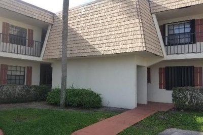 4723 Oak Terrace Drive 1