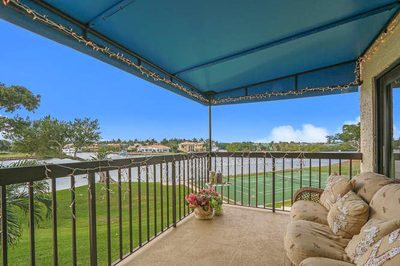 364 Golfview Road #303 1
