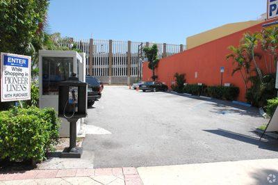 209 Clematis Street 1