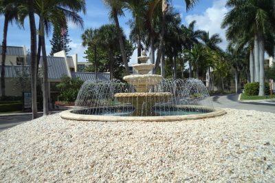 17 Royal Palm Way #304 1