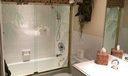 La Fontana 304 guest bath