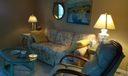 Living room 912