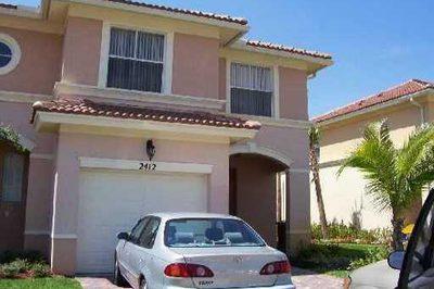 2412 Seminole Palms Drive 1