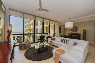 701 S Olive Avenue #1706 1