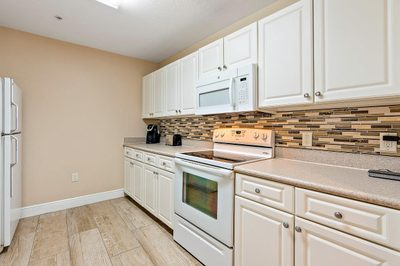 1200 Town Center Drive #425 1