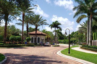 6630 Villa Sonrisa Drive #712 1