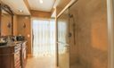 Master-Bathroom (2)