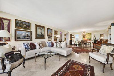 227 Australian Avenue #Penthouse 5e 1