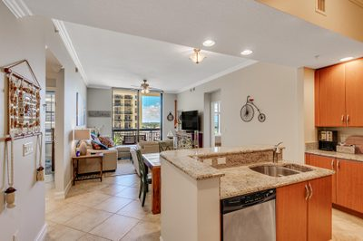 701 S Olive Avenue #1003 1