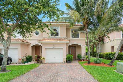 1012 Seminole Palms Drive 1