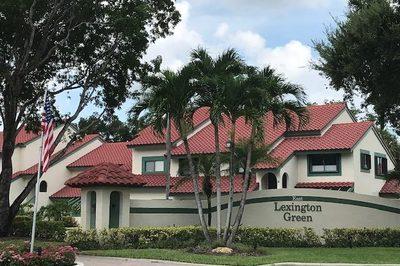 14 Lexington Lane E #C 1