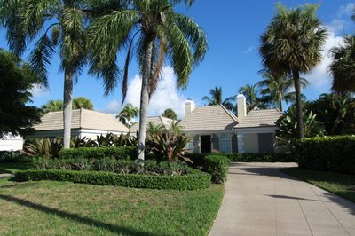 971 Lake House Drive 1