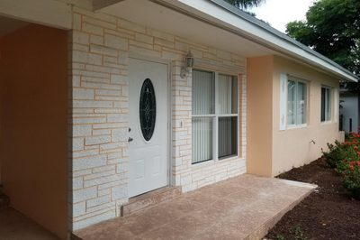 1436 Lakeview Drive 1