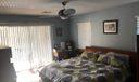 1 ceann master bedroom