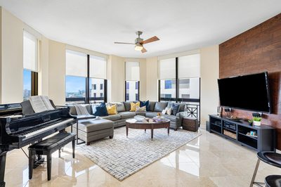 701 S Olive Avenue #1028 1