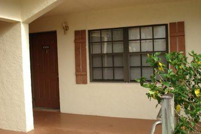 4305 Oak Terrace Drive 1