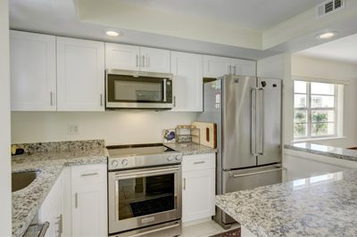 308 Golfview Road #301 1