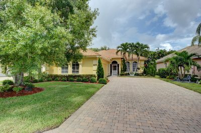 4475 NW Wandering Oak Court 1