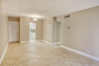 642 NW 13 Th #18 1