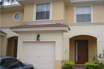 6131 Seminole Gardens Circle 1