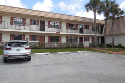 4698 Oak Terrace Drive 1