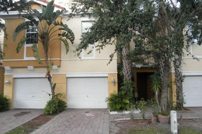 793 Pipers Cay Drive 1