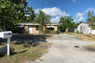 455 Seminole Drive 1