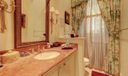 Full bath/powder room