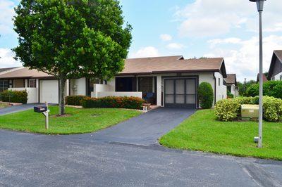 15915 Laurel Oak Circle 1