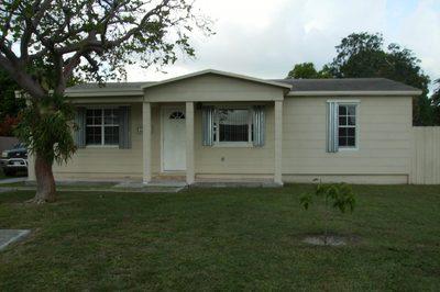 2891 Seminole Road 1