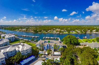 524 Bay Colony With 40' Dock/lift Drive N 1