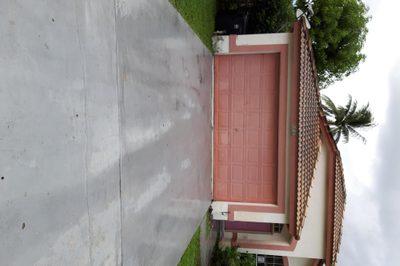 620 Lake Wellington Drive 1