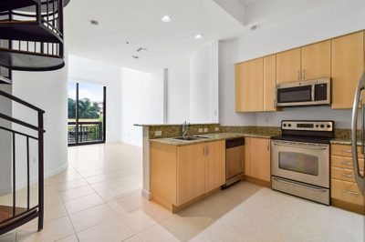 801 S Olive Avenue #204 1
