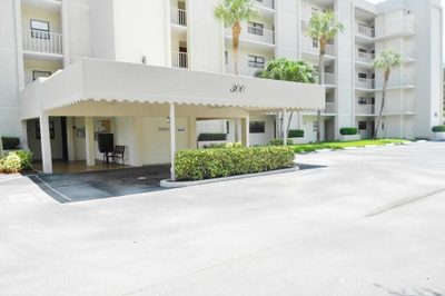 300 Intracoastal Place #107 1