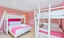 Queen bunk room
