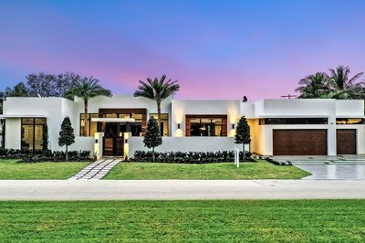 300 NW 22nd Street 1