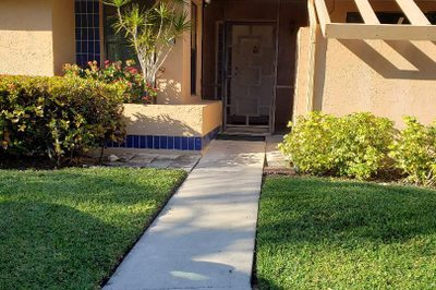 10963 Lake Front Place 1