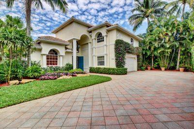 10722 Greenbriar Villa Drive 1