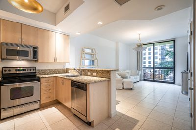 801 S Olive Avenue #928 1
