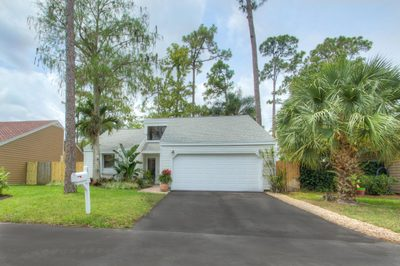 437 Park Forest Way 1