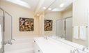 16_master-bathroom_17 Via Aurelia_PGA Na