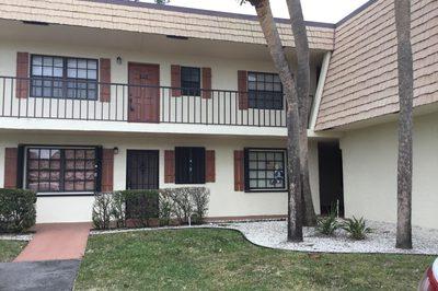 4175 Oak Terrace Drive 1