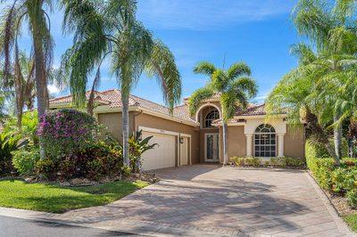 10758 Greenbriar Villa Drive 1