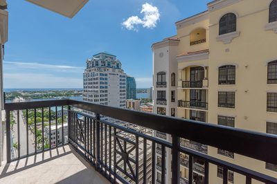 701 S Olive Avenue #1415 1