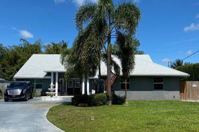 5361 Palm Way 1