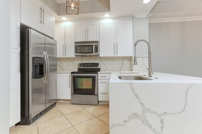 701 S Olive Avenue #608 1