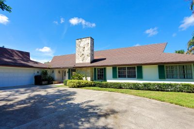 529 S Country Club 1