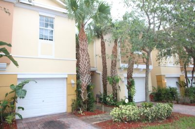 779 Pipers Cay Drive 1
